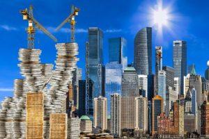 Die Immobilienpreise klettern auch in Pandemiezeiten unaufhörlich weiter – zumindest die für Wohnimmobilien. Kein Wunder: Das eigene Heim hat als Rückzugsraum an Bedeutung gewonnen
