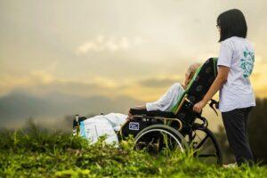 Trotz Pflegereform: Eigenanteile von Pflegebedürftigen dürften kaum sinken